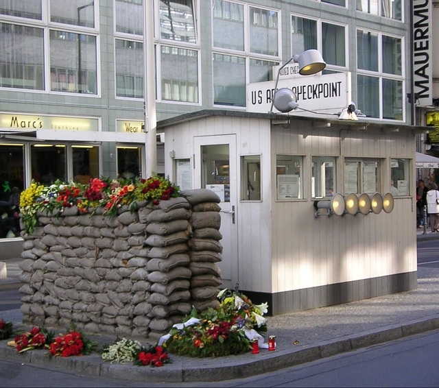 fotos checkpoint charlie 1